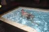 Нежусь в бассейне на крыше гостиници